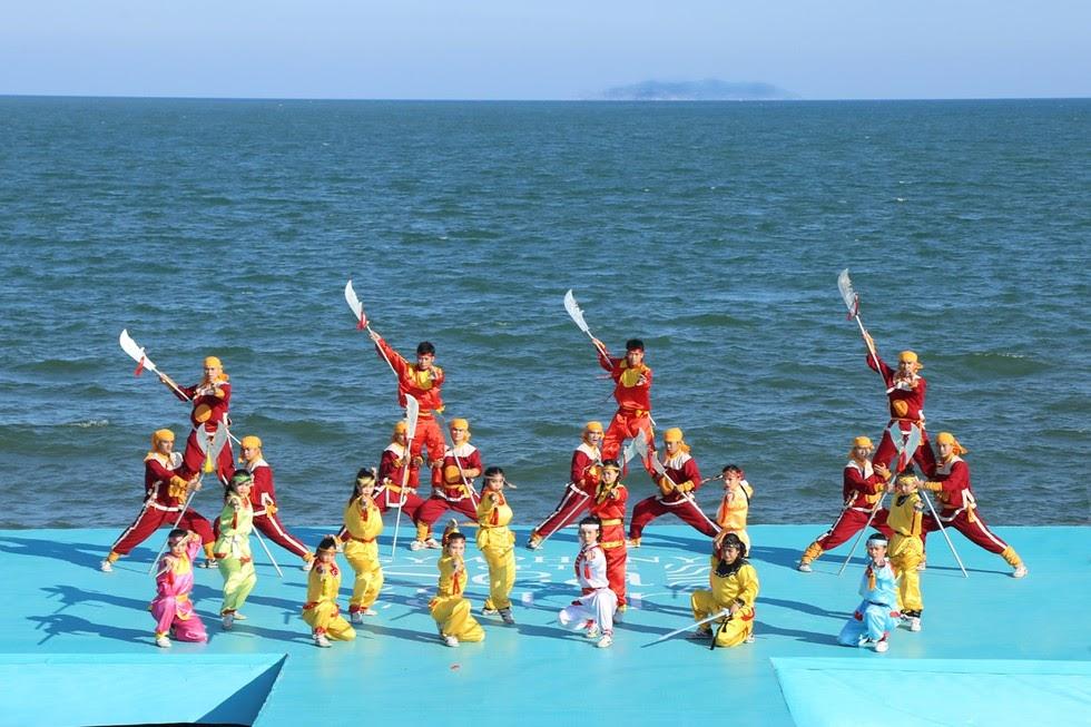 vũ đoàn múa tại Quy Nhơn