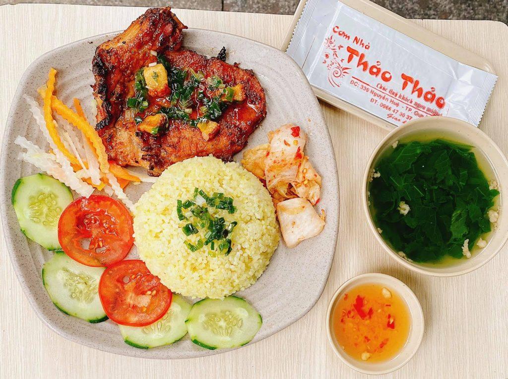 nhà hàng cơm ngon Quy Nhơn